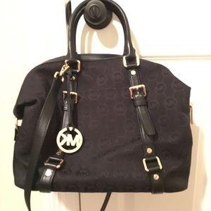 Handbags - Authentic Michael kors